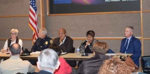 Policing discussion brings heated comment at ACLU/NAACP forum